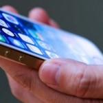 突然の再起動! iOS7で頻発する謎の現象について、AppleはiOSアップデートで解消を約束してるらしい。