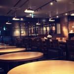 7月に出来たばかりの「スターバックス 東京ビッグサイト店」は150席、電源アリでした