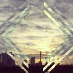プリズムフィルターで写真を独創的にアレンジできるアプリ「Fragment」
